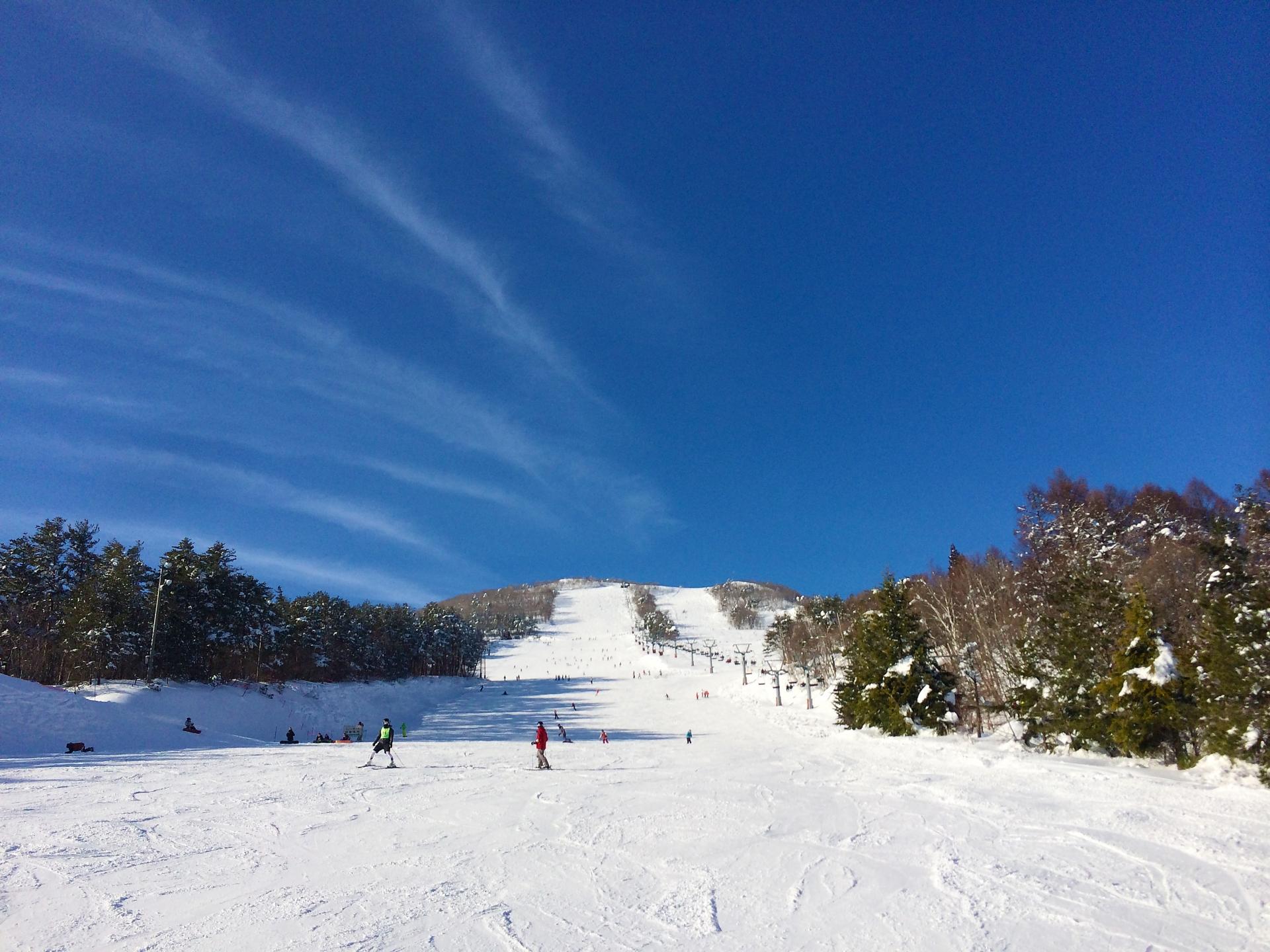 防寒インナーでスキー場でも寒くない!